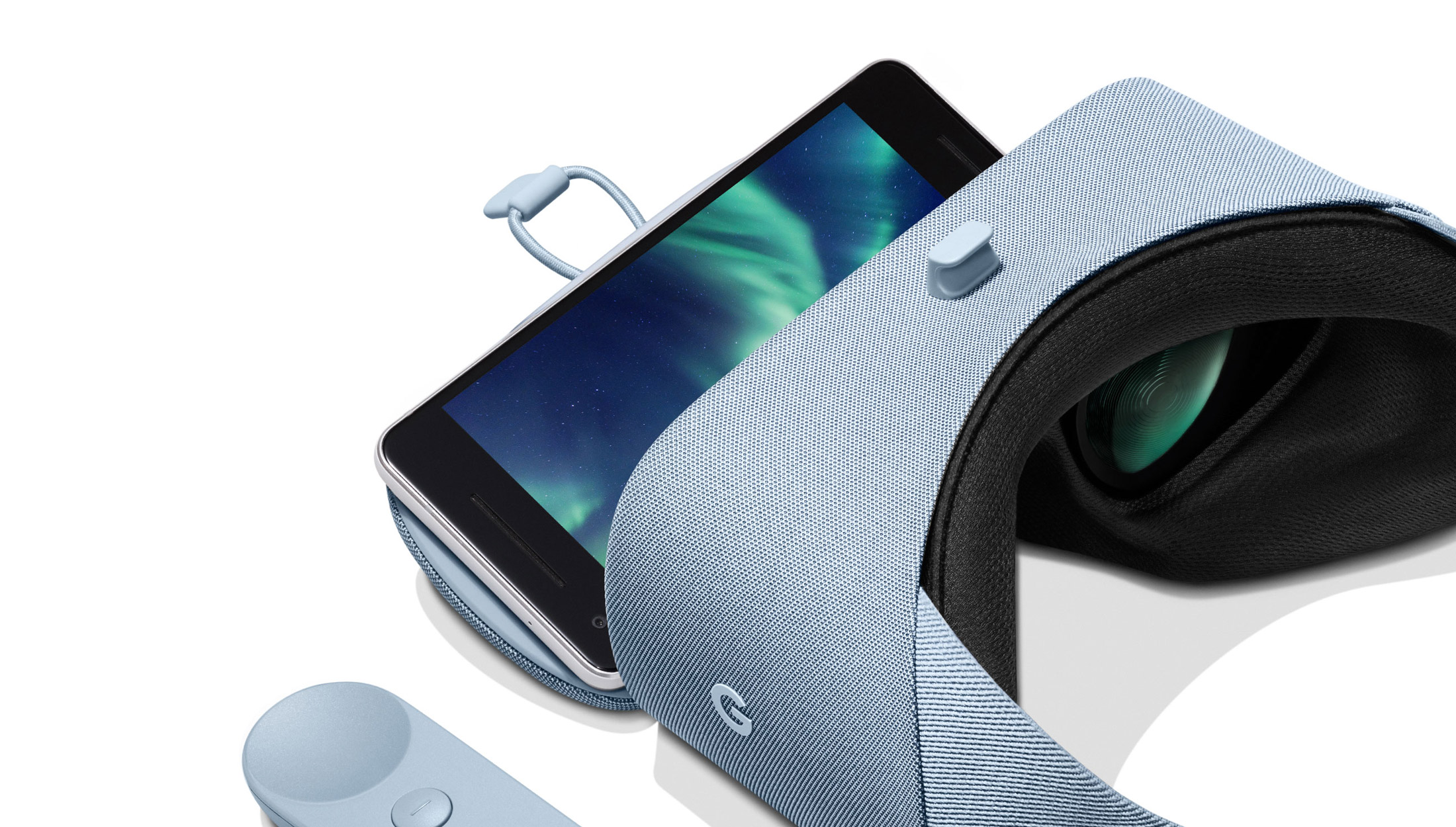 Discover new worlds with Daydream View